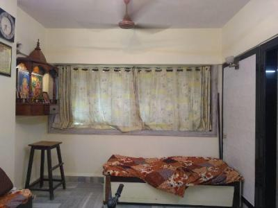 Gallery Cover Image of 550 Sq.ft 1 BHK Apartment for rent in Moreshwar Krupa, Borivali West for 23000