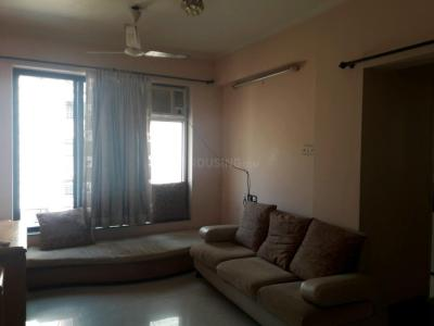 Gallery Cover Image of 600 Sq.ft 1 BHK Apartment for rent in Goregaon West for 36000