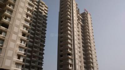 Gallery Cover Image of 1854 Sq.ft 3 BHK Apartment for buy in Malad East for 24000000