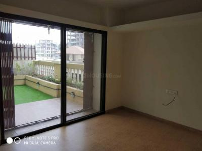 Gallery Cover Image of 1200 Sq.ft 3 BHK Apartment for rent in Kondhwa for 19000