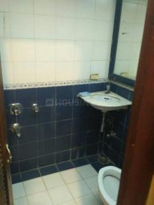 तरदेओ में पीजी फ़ॉर गर्ल के बाथरूम की तस्वीर
