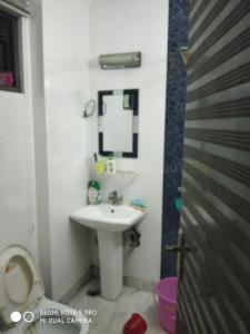 Bathroom Image of PG 5477514 Karol Bagh in Karol Bagh