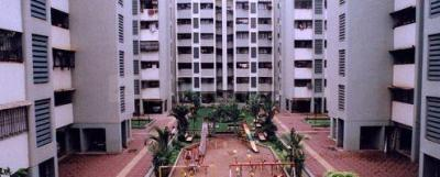 Gallery Cover Image of 900 Sq.ft 2 BHK Apartment for buy in Satellite Garden, Goregaon East for 14400000