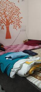 Bedroom Image of Reeta Dubey Girls in Sector 41