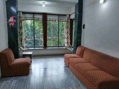 Gallery Cover Image of 850 Sq.ft 2 BHK Apartment for rent in Malad East for 38000