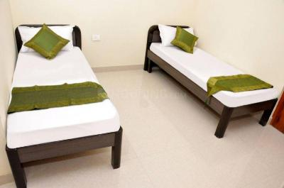 Bedroom Image of Calcutta Girls PG House in Entally
