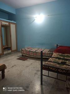 जेपी नगर में कीरथी साई नेस्ट लेडिज पीजी के हॉल की तस्वीर