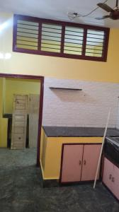 Gallery Cover Image of 1197 Sq.ft 3 BHK Independent Floor for rent in Chickpete for 19000