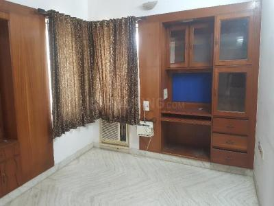 Gallery Cover Image of 1730 Sq.ft 3 BHK Apartment for rent in Santhome for 43000