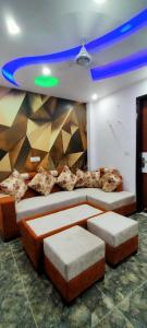 Gallery Cover Image of 800 Sq.ft 3 BHK Apartment for buy in Uttam Nagar for 3100000