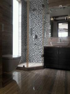Bathroom Image of PG 3806853 Badarpur in Badarpur