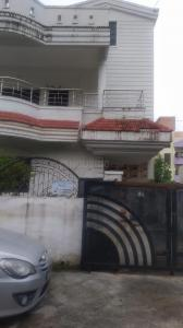 Gallery Cover Image of 1600 Sq.ft 3 BHK Villa for rent in Besa for 15000