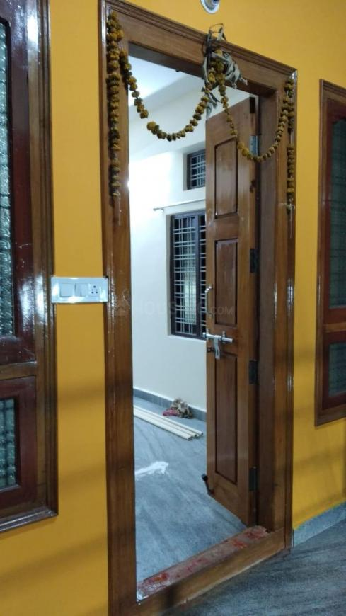Main Entrance Image of 1000 Sq.ft 2 BHK Independent House for rent in Narayanguda for 27000