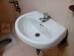 Common Bathroom Image of 600 Sq.ft 1 BHK Independent Floor for rent in Kothrud for 15500