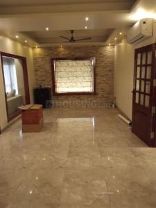 Gallery Cover Image of 2400 Sq.ft 4 BHK Apartment for rent in DDA Flats Vasant Kunj, Vasant Kunj for 85000
