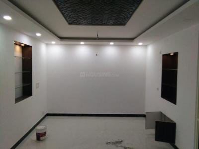 Gallery Cover Image of 1600 Sq.ft 3 BHK Apartment for rent in Fakhruddin Memorial, Sector 10 Dwarka for 35000