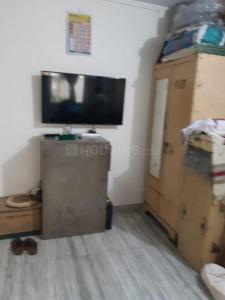 Gallery Cover Image of 500 Sq.ft 1 BHK Independent Floor for buy in Anurag Apartment, Malad West for 7400000