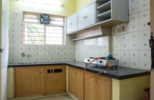 जेपी नगर में राजश्री अपार्टमेंट्स टी1 के किचन की तस्वीर