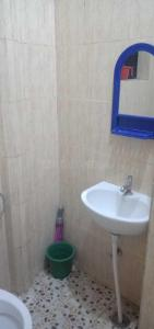Bathroom Image of Sri Sainath Mens PG in Srirampuram