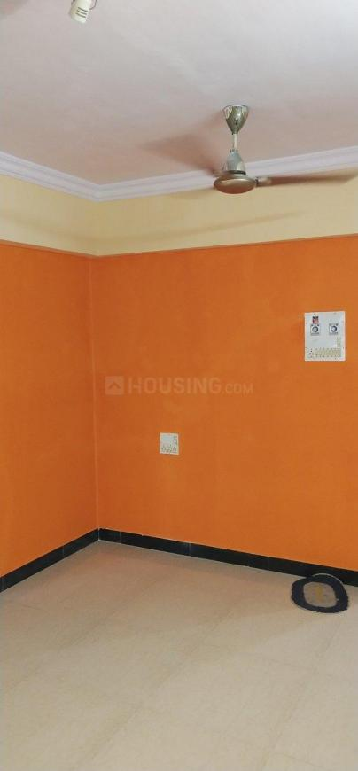 Living Room Image of 650 Sq.ft 1 BHK Apartment for rent in Jogeshwari West for 30000