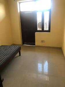 Gallery Cover Image of 450 Sq.ft 1 BHK Apartment for rent in Lado Sarai for 9000