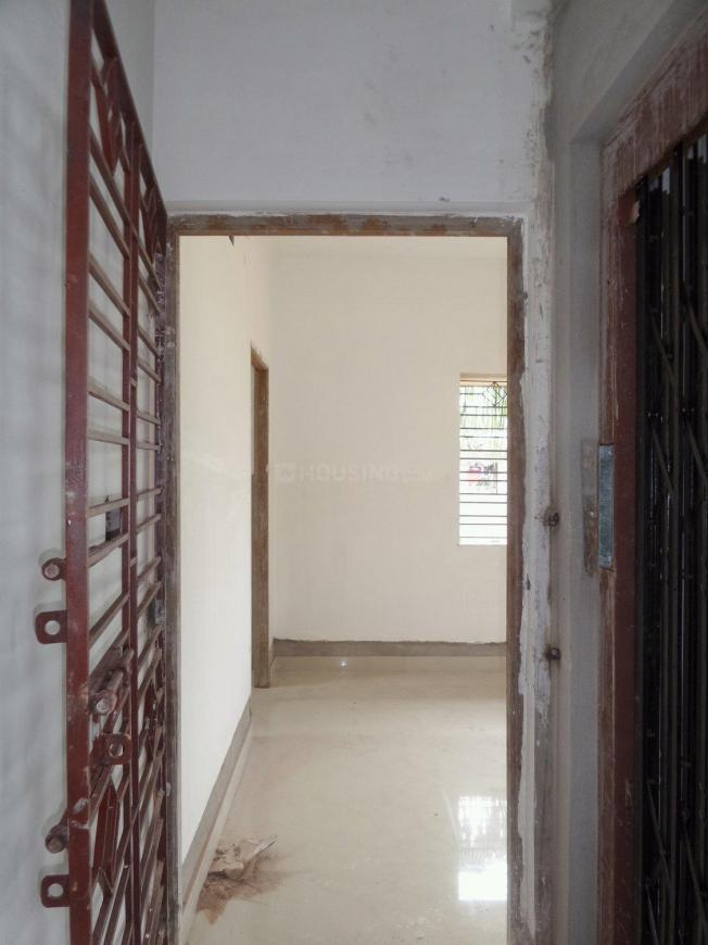 Main Entrance Image of 950 Sq.ft 2 BHK Apartment for buy in Garia for 4400000