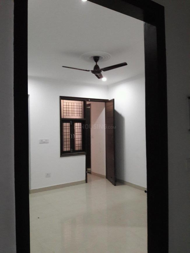 Main Entrance Image of 300 Sq.ft 1 RK Apartment for buy in Chhattarpur for 1100000