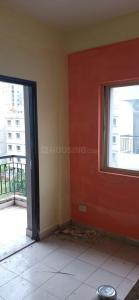 Gallery Cover Image of 893 Sq.ft 3 BHK Apartment for rent in Greenfield City Classic, Maheshtala for 10000