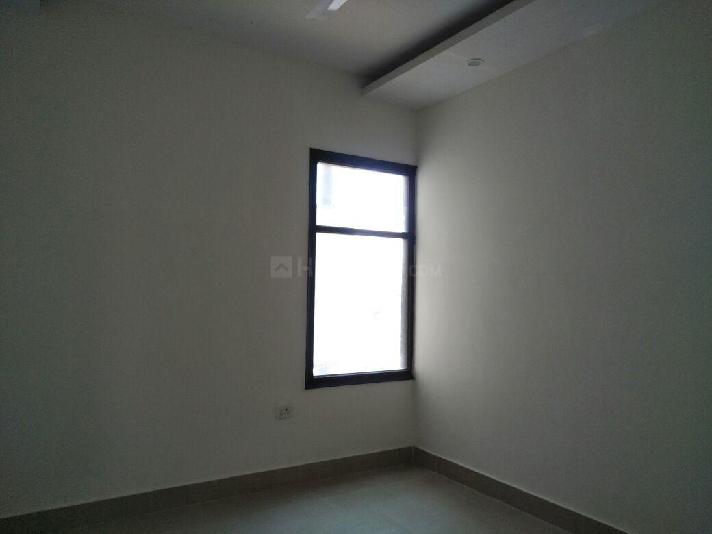 Bedroom Image of 1100 Sq.ft 2.5 BHK Apartment for buy in Sector 46 for 6500000