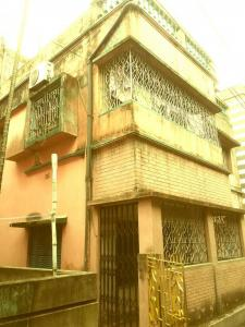 Gallery Cover Image of 4000 Sq.ft 10 BHK Independent House for buy in Bansdroni for 10000000