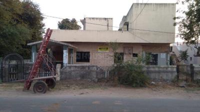 Gallery Cover Image of 3200 Sq.ft 3 BHK Independent Floor for buy in Undera for 28000000