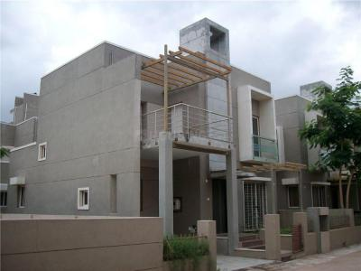 Gallery Cover Image of 2799 Sq.ft 3 BHK Villa for rent in JP Iscon Greens, Ghuma for 20000