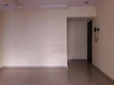 Gallery Cover Image of 575 Sq.ft 1 BHK Apartment for buy in Kandivali East for 8700000