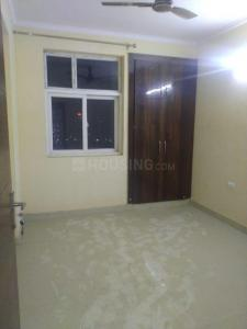 Gallery Cover Image of 1500 Sq.ft 3 BHK Apartment for rent in Amrapali Zodiac, Sector 120 for 18000