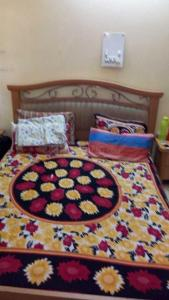 Bedroom Image of Gurleen PG in Rajouri Garden