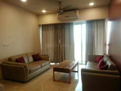 Gallery Cover Image of 1000 Sq.ft 2 BHK Apartment for rent in Colaba for 100000