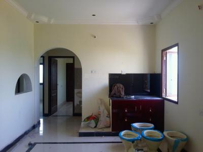 Gallery Cover Image of 806 Sq.ft 2 BHK Apartment for buy in Sarvajith Royal Spring, Tharapakkam for 3062800