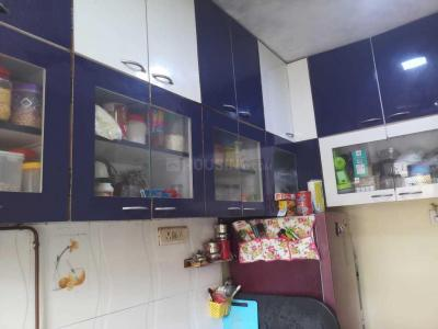Gallery Cover Image of 630 Sq.ft 1 BHK Apartment for rent in Kandivali East for 24000