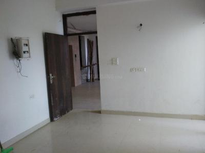 Gallery Cover Image of 1970 Sq.ft 3 BHK Apartment for rent in Chi V Greater Noida for 18000