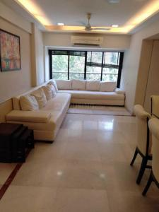 Gallery Cover Image of 1500 Sq.ft 3 BHK Apartment for rent in Juhu for 210000