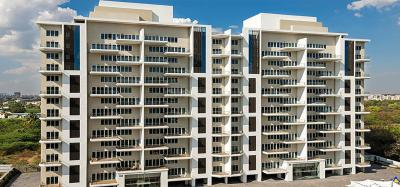 Gallery Cover Image of 2585 Sq.ft 3 BHK Apartment for buy in Hadapsar for 19500000