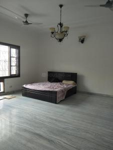 Gallery Cover Image of 4000 Sq.ft 6 BHK Villa for rent in Sector 36 for 200000