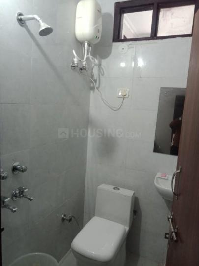 Bathroom Image of Royal PG in Sector 2