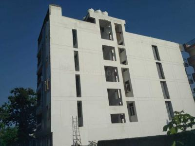 Gallery Cover Image of 906 Sq.ft 3 BHK Independent Floor for buy in Sector 110 for 3900000