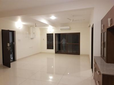 Gallery Cover Image of 1400 Sq.ft 2 BHK Apartment for rent in Alwarpet for 50000