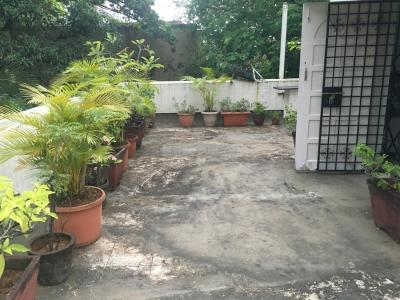 Gallery Cover Image of 3000 Sq.ft 4 BHK Villa for buy in Juhu for 99500000