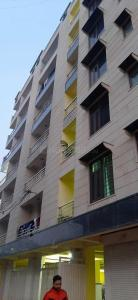 Gallery Cover Image of 1250 Sq.ft 3 BHK Apartment for rent in Maan Residency, Shahberi for 9000