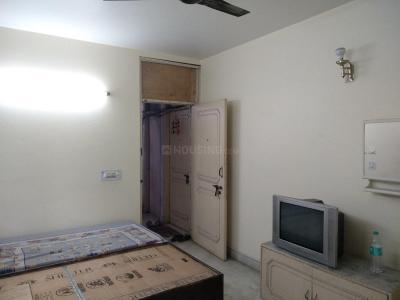 Bedroom Image of Kavita Aashiyana PG in Saket