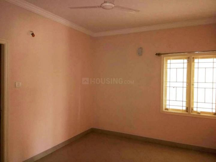 Living Room Image of 1200 Sq.ft 2 BHK Apartment for rent in Mahadevapura for 31500