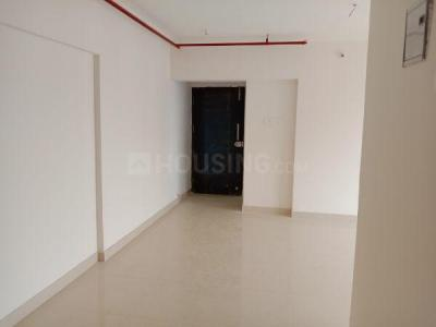 Gallery Cover Image of 1350 Sq.ft 3 BHK Apartment for rent in Kandivali West for 40000